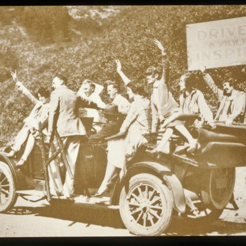 CCA History: Students riding in an automobile around the Oakland campus.