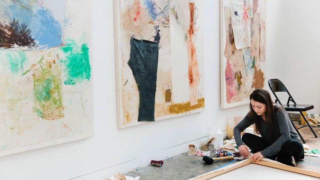 Grad student working in the MFA Fine Arts studios