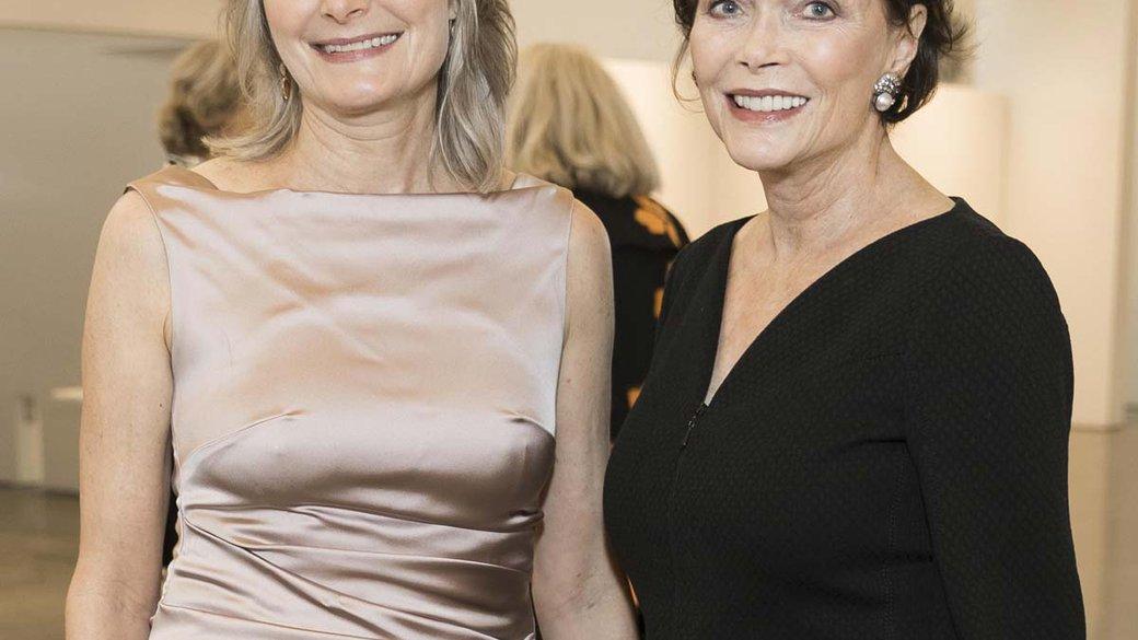 Author Jennifer Egan and her mother, Honoree Kay Kimpton Walker.