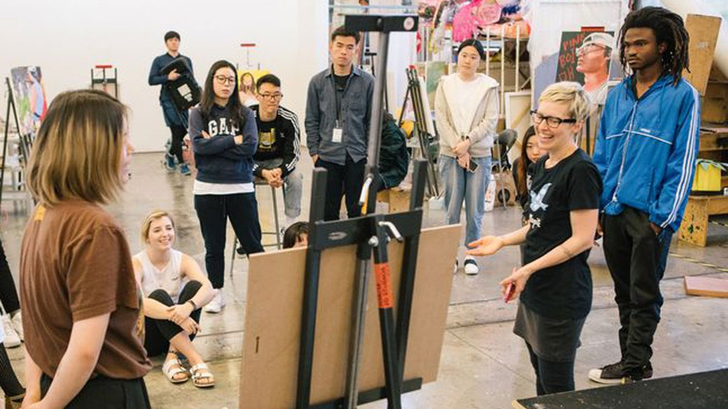 Painting class during an open crit__Develop your voice as an artist__horizontal feature_MB