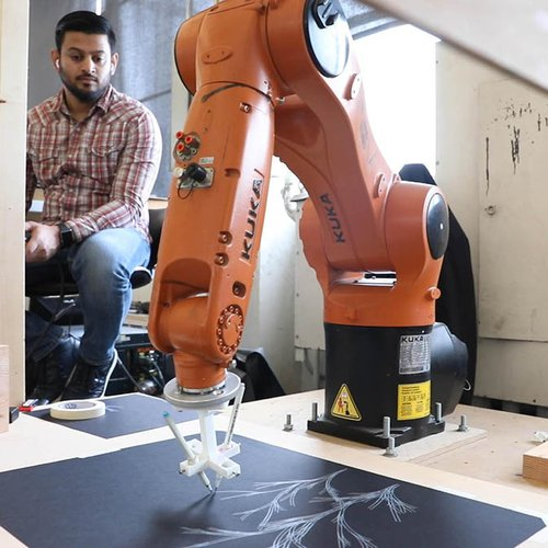 Experiment with various materials and modes of making using the computer-controlled KUKA robotic arm, located in our Digital Craft Lab.