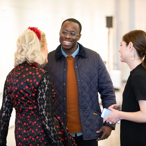 L to R: Cathy Podell (co-chair), alumnus Woody De Othello (MFA Fine Arts 2017), and CCA Alumni and Parent Engagement Senior Manager Lisa Jonas (MFA Fine Arts 2014)